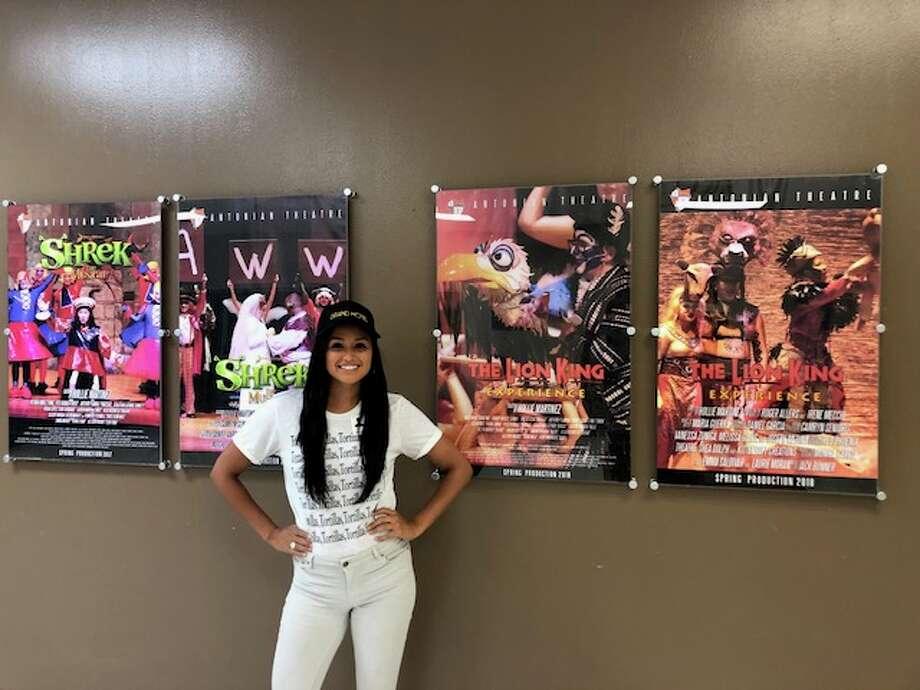 'Grand Hotel' actress and San Antonio native Feliz Ramirez visited her Alma mater, Antonian High School to talk with drama club students about pursuing their dreams. Photo: Rafael Ramirez
