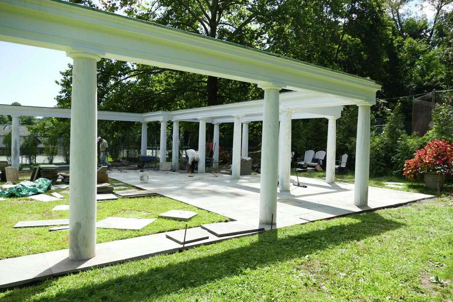 The colonnade at Mead Park in New Canaan is getting a new hardscape on Aug. 26 to encourage tennis players to stay and socialize. Photo: Grace Duffield / Hearst Connecticut Media