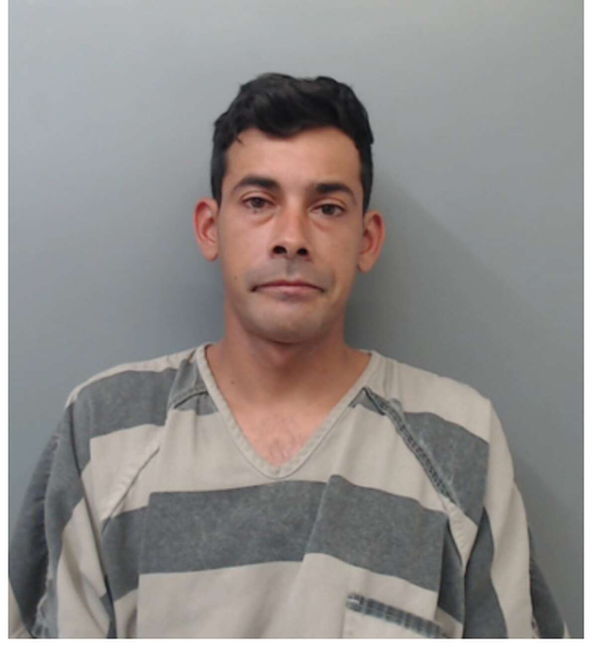 Alfredo Fernando Garcia, 34, was charged with driving while intoxicated.