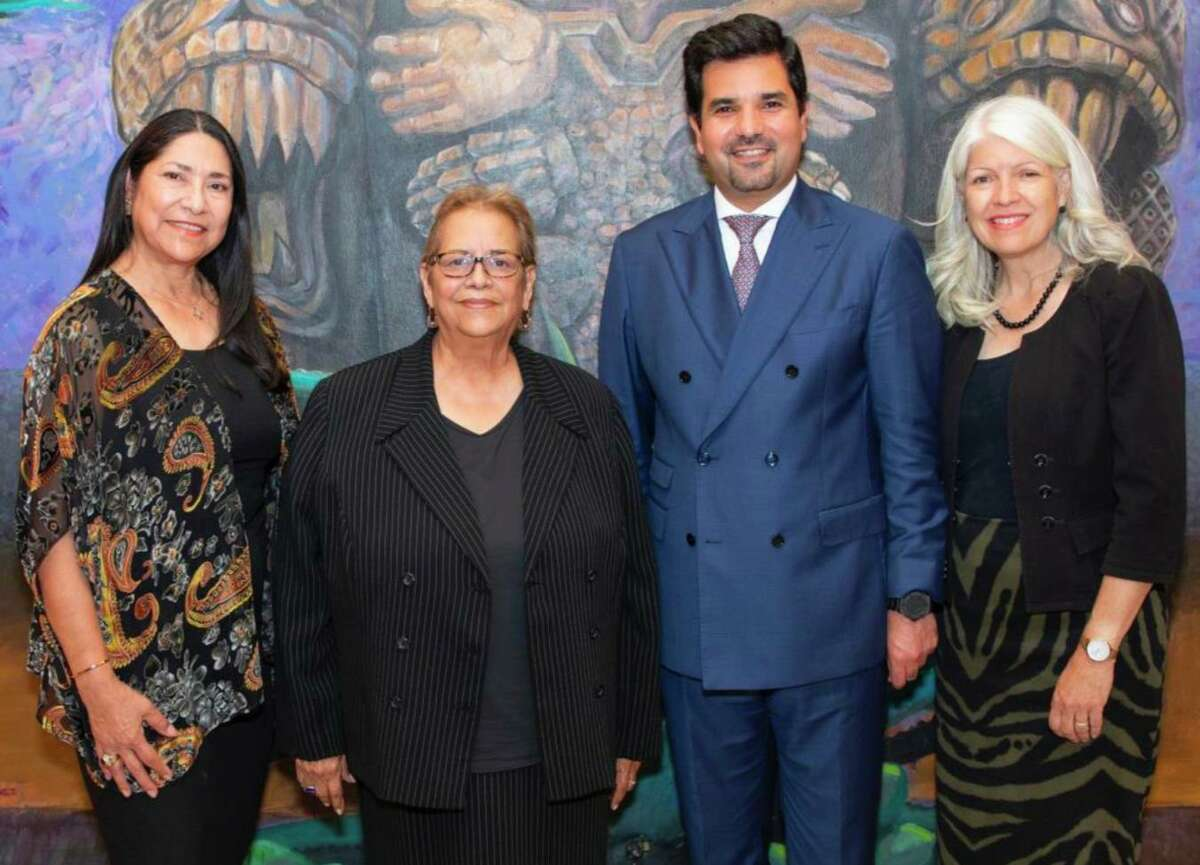 Standing at a mural inside the Multicultural Education and Counseling through the ARTs (MECA) community center are (left to right): Graciela Saenz, attorney and Qatar Harvey Fund Advisory Board Member; Alice Valdez, founder and executive director of MECA; H. E. Sheikh Meshal bin Hamad Al-Thani, Qatar's Ambassador to the U.S. and Chair of the Qatar Harvey Fund, and Karla Cisneros, Houston City Council Member.