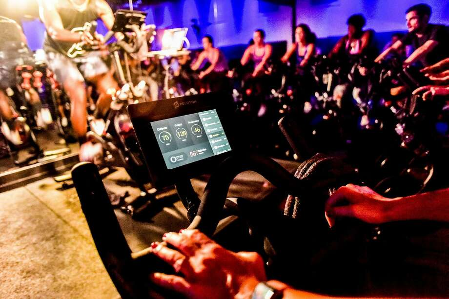 An indoor cycling class for Peloton in New York. The company is trying to ensure it's more than a fad. Photo: Dolly Faibyshev / New York Times 2016
