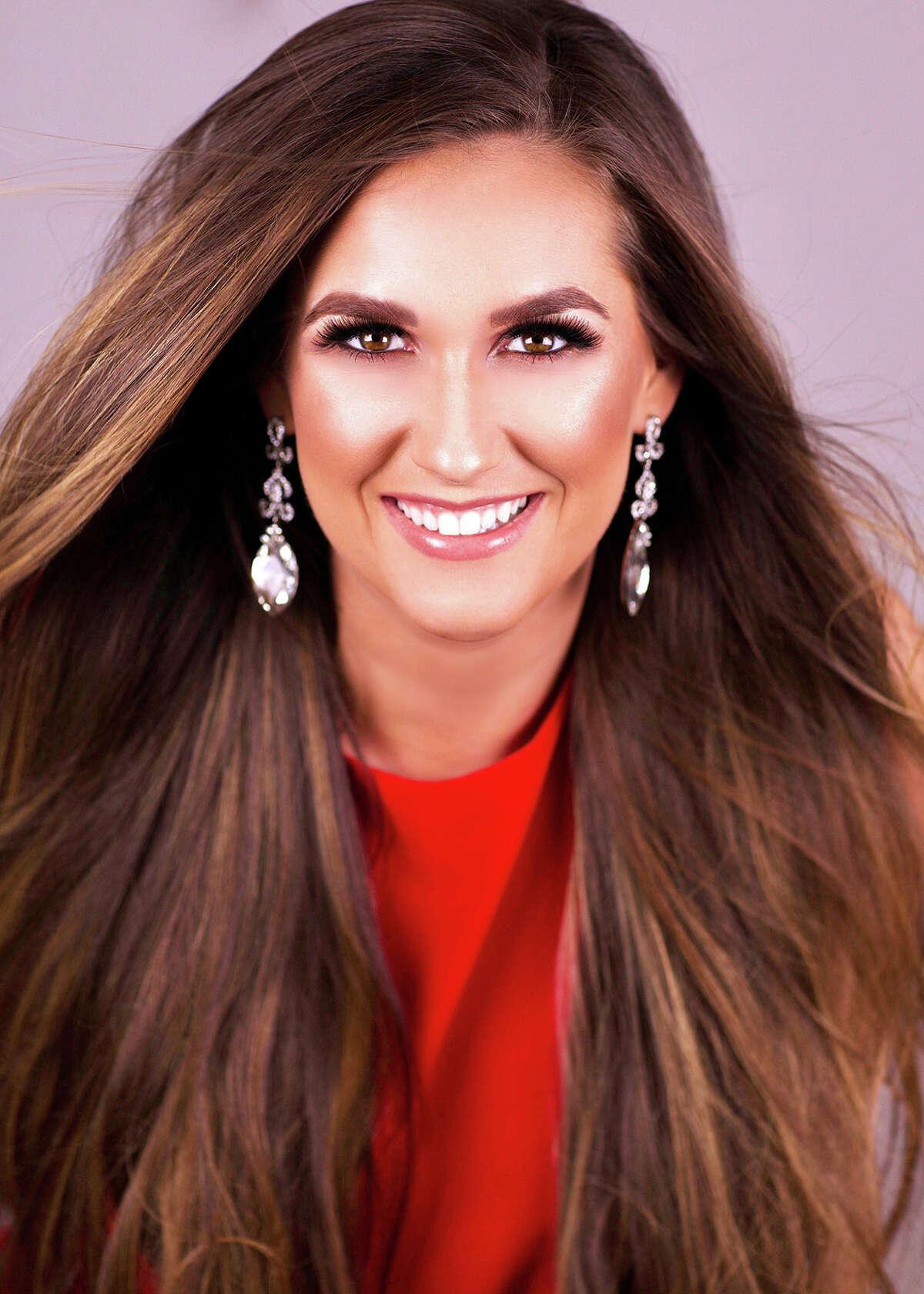 Miss Arlington: Gracie Howe