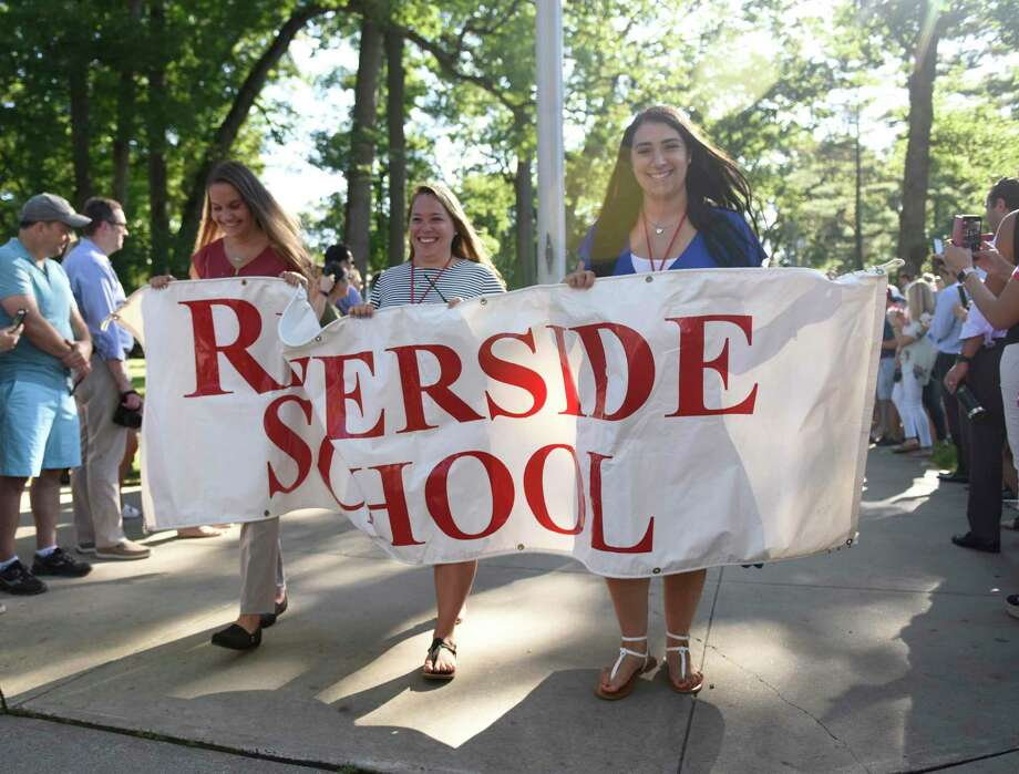 Photos from the Parade of Learners on the first day of school at Riverside School in the Riverside section of Greenwich, Conn. Thursday, Aug. 29, 2019. Photo: Tyler Sizemore / Hearst Connecticut Media / Greenwich Time