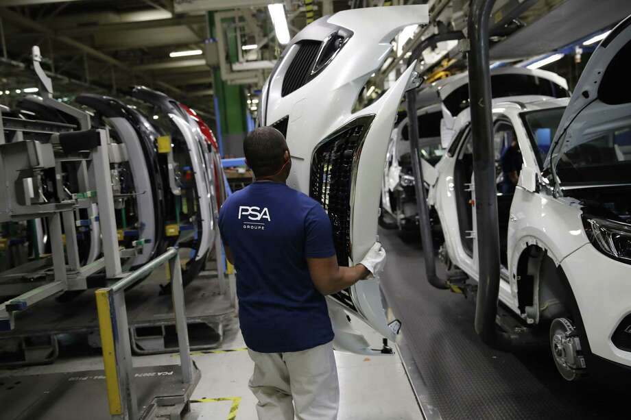 Peugeot workers target Brexit spoils - The Middletown Press