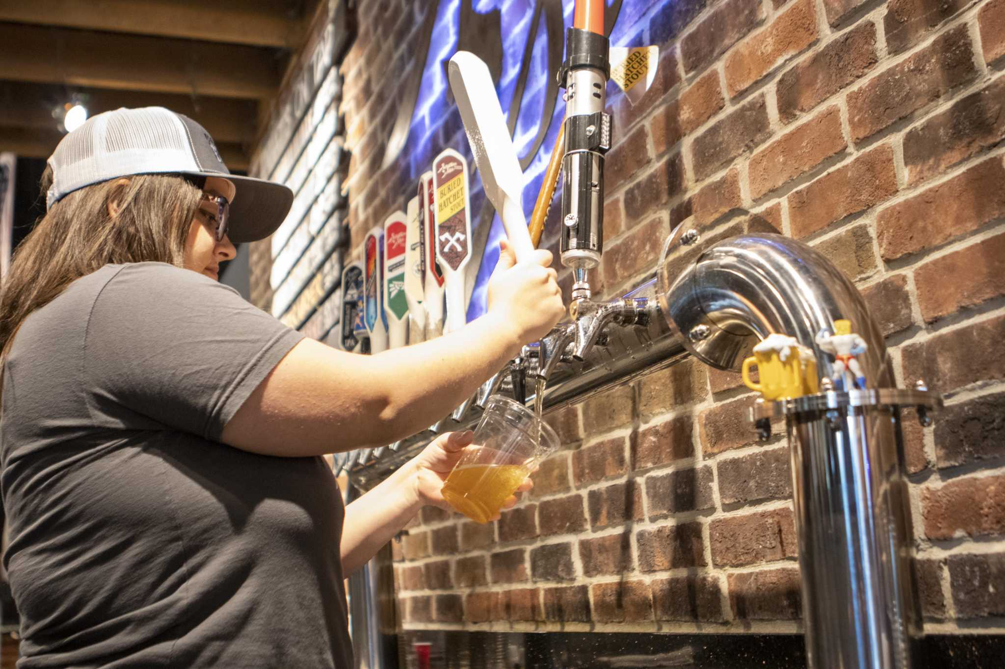 Yes we 'can.' Beer to go (finally) kicks off in Houston breweries Sunday.