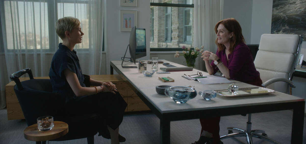 Michelle Williams, left, and Julianne Moore in