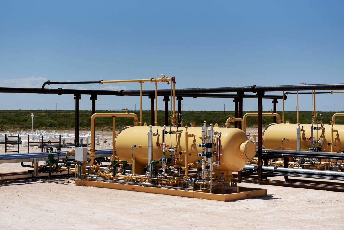 A new paper from Hastings Equity Partners and University of Houston Energy Research cautions that a shakeup looms for the Permian Basin energy industry as majors like Shell, ExxonMobil and Chevron begin to dominate activity in the region.