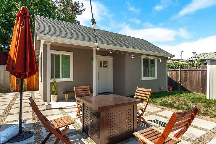 An additional dwelling unit or ADU by prefabADU, which is designing backyard tiny homes for Rent the Backyard.