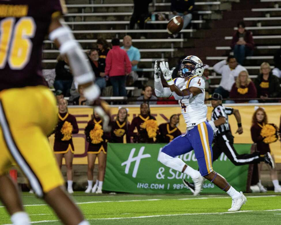 UAlbany wide receiver Juwan Green receives a pass from quarterback Jeff Undercuffler and takes it into the end zone against Central Michigan on Thursday, Aug. 29, 2019, at Kelly Shorts Stadium. (Isaac Ritchey / Special to the Times Union)