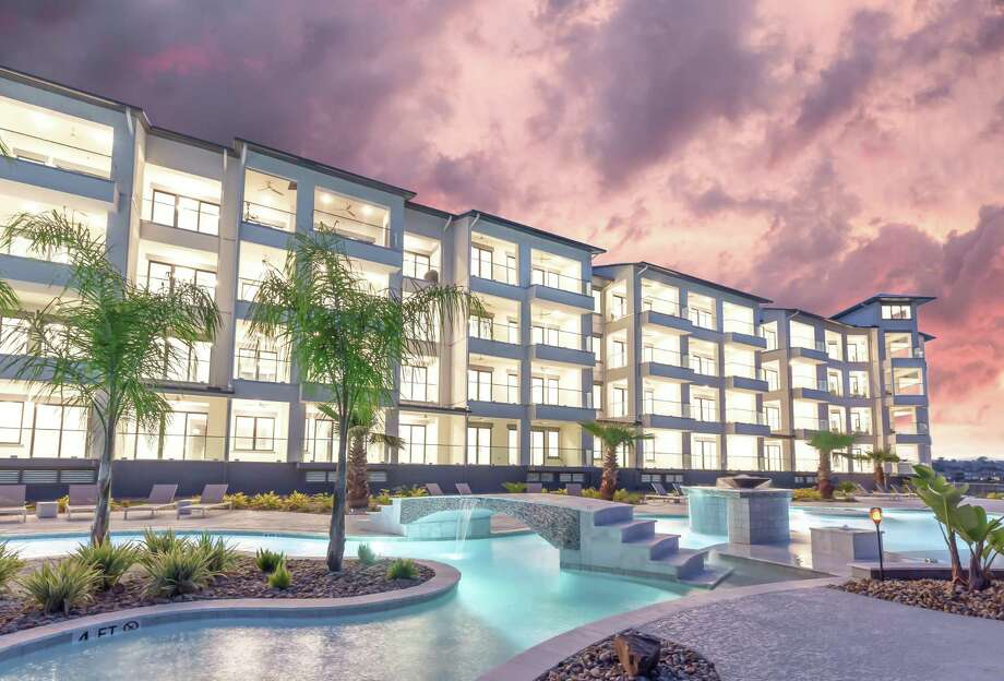 The Shoreline condominiums are ideal for a weekend getaway and a retreat destination or a perfect location for buyer's new permanent address.
