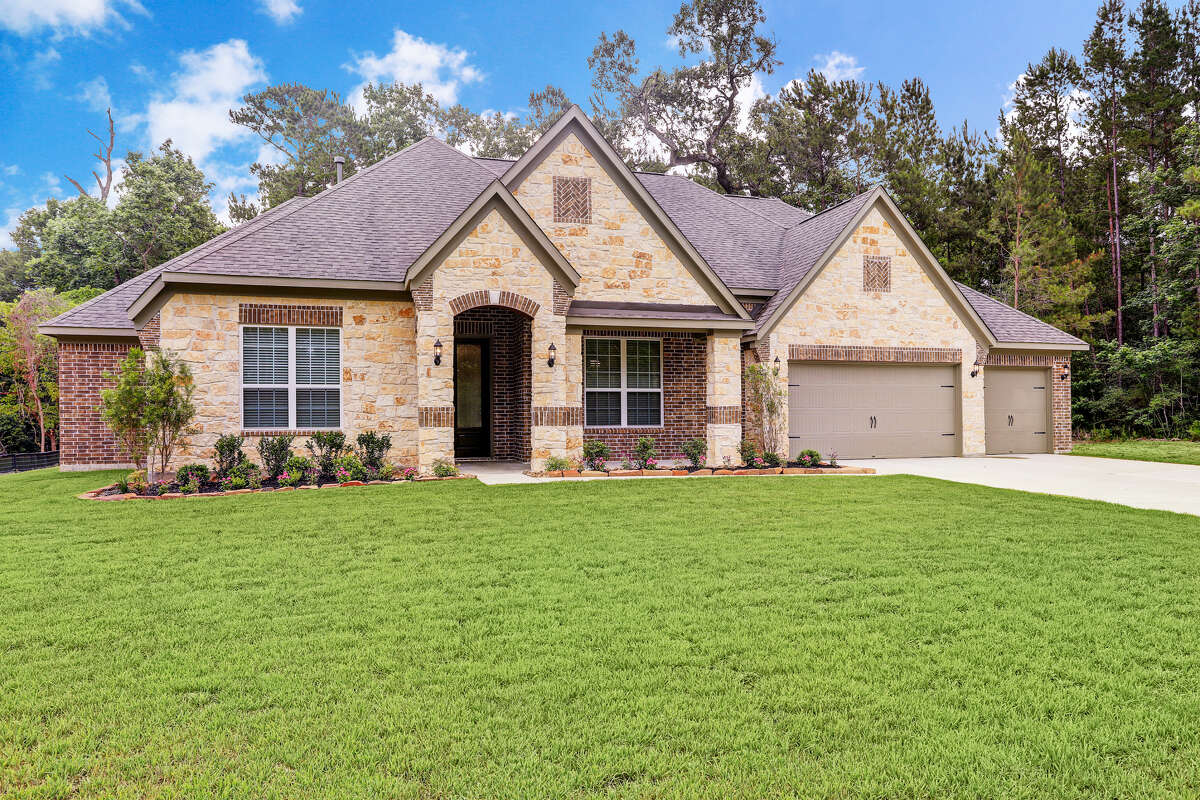 Terrata Homes is now building a new luxury floor plan in two Houston area communities.