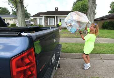 Couple fills recycling gap in Nederland - Beaumont Enterprise