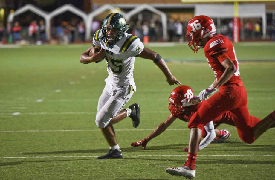 The University Interscholastic League plans to start fall sports on time, including football games on Aug. 27. Photo: Danny Zaragoza /Laredo Morning Times File / Laredo Morning Times