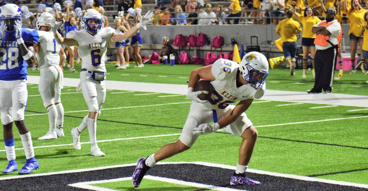 Klein running back Kenzo Viteri scores a touchdown against Cy Creek on Aug. 30, 2019.
