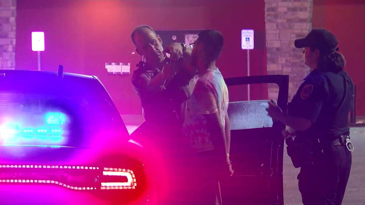 Houston police said they nabbed several people in a coordinated crackdown on street racing during the early morning hours Saturday.
