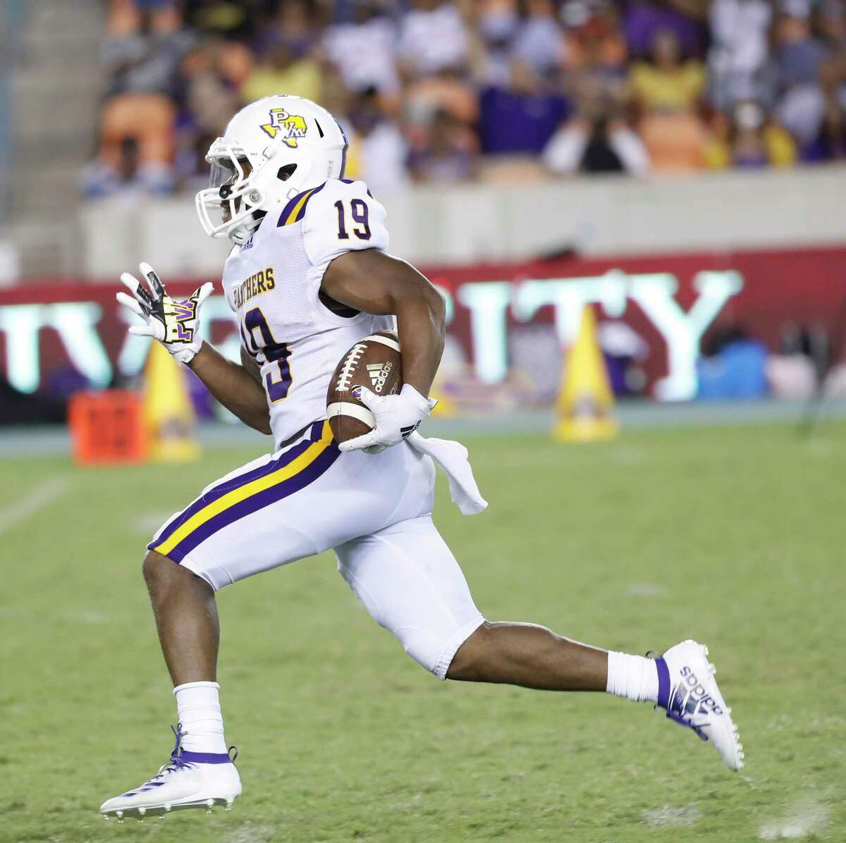 Prairie View A&M Panthers wide receiver Tony Mullins (19) runs the ball into the end zone for a touchdown in the second half of a college football game at BBVA Stadium, 8/31/19, in Houston.