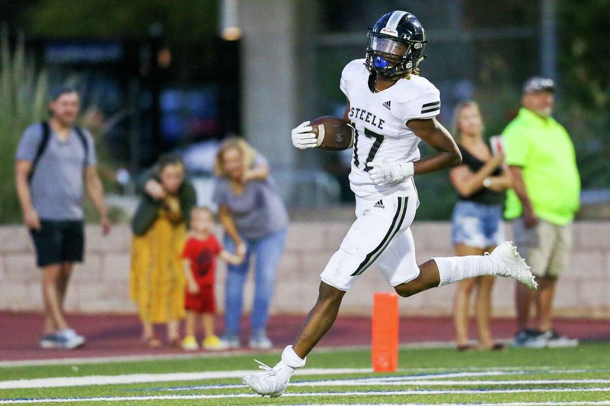 Steele's Jaylon Jones scores on an 81-yard touchdown reception in the first half in their season opening Class 6A high school football game with O'Connor at Farris Stadium on Saturday, Aug. 31, 2019.