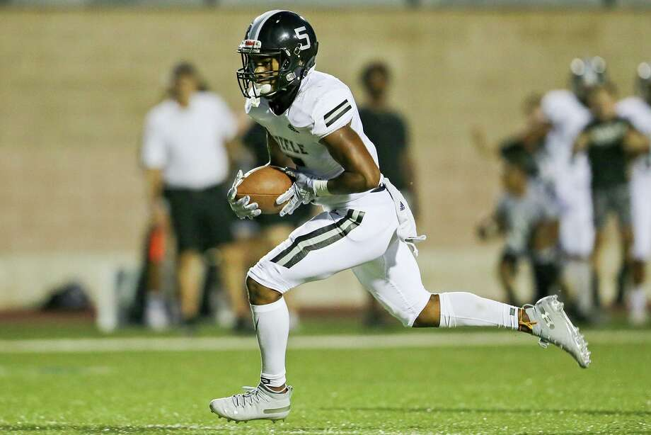 Steele's Daryn McKnight heads towards the end zone on a 35-yard touchdown reception in the first half in their season opening Class 6A high school football game with O'Connor at Farris Stadium on Saturday, Aug. 31, 2019. Photo: Marvin Pfeiffer, Staff Photographer / Express-News 2019