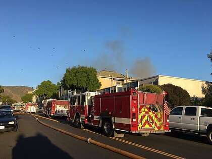 Daly City apartment fire displaces 15 residents