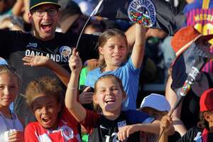 Fans cheer at the Oakland Roots first game on August 31, 2019 in Oakland (Photo: Robert Edwards-KLC fotos)
