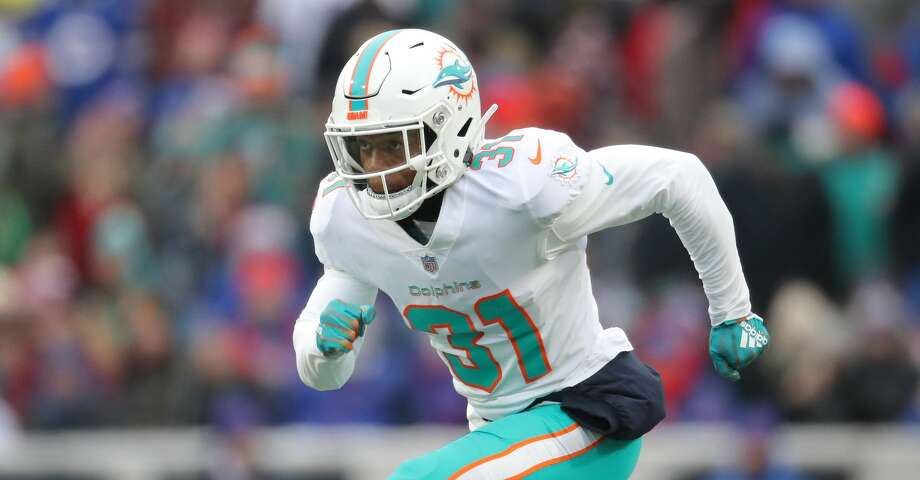 BUFFALO, NY - DECEMBER 30: Cornell Armstrong #31 of the Miami Dolphins runs down the field on special teams as the Dolphins punt the ball in the second quarter during NFL game action against the Buffalo Bills at New Era Field on December 30, 2018 in Buffalo, New York. (Photo by Tom Szczerbowski/Getty Images) Photo: Tom Szczerbowski/Getty Images