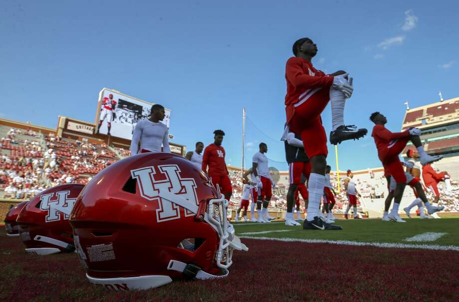 PHOTOS: UH vs. OklahomaHouston Cougars players warm up before an NCAA game against the Oklahoma Sooners at Gaylord Memorial Stadium Sunday, Sept. 1, 2019, in Norman. >>>See game action from the Cougars' season opener against Oklahoma on Sunday, Sept. 1, 2019 ... Photo: Godofredo A Vásquez