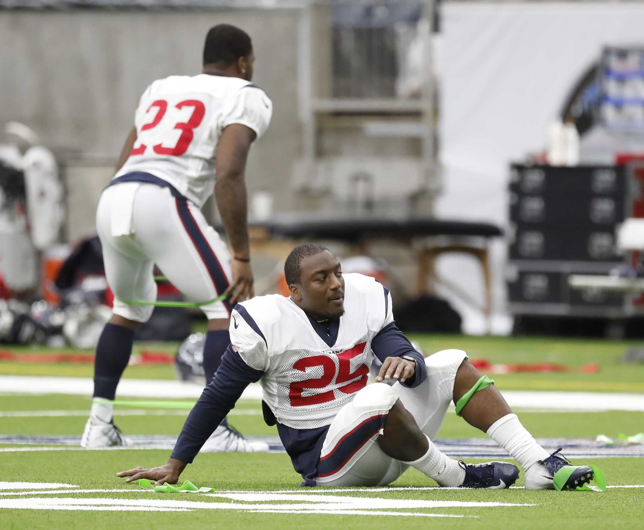 Texans RBs Carlos Hyde and Duke Johnson form productive tandem