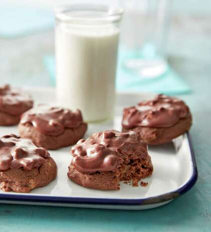 Recipe: Texas Sheet Cake Chocolate-Pecan Cookies