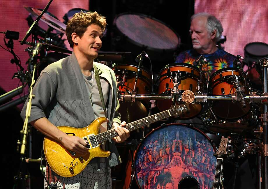 "Dead & Company including John Mayer, left, and Bill Kreutzmann perform the song ""Jack Straw"" at Saratoga Performing Arts Center on Monday, June 11, 2018 in Saratoga Springs, N.Y. (Lori Van Buren/Times Union) Photo: Lori Van Buren, Albany Times Union"