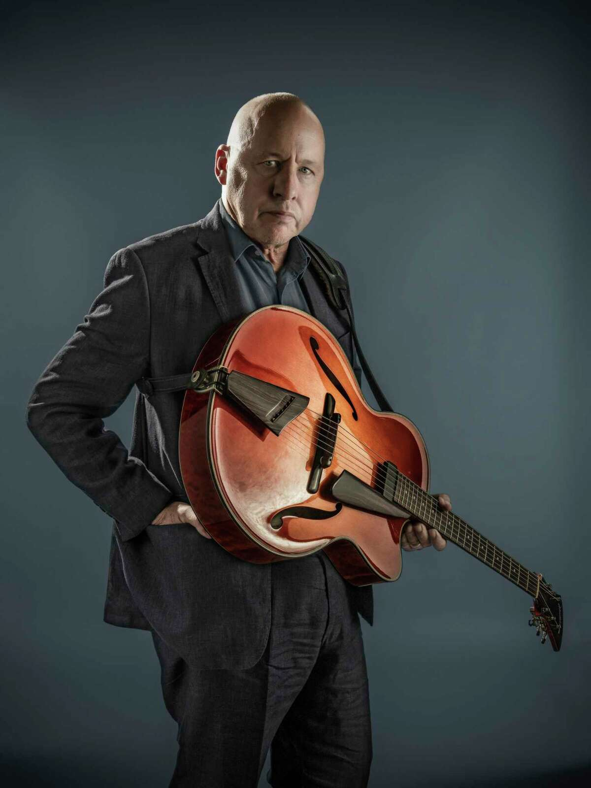 Mark Knopfler and his band will play Foxwoods Aug. 16.