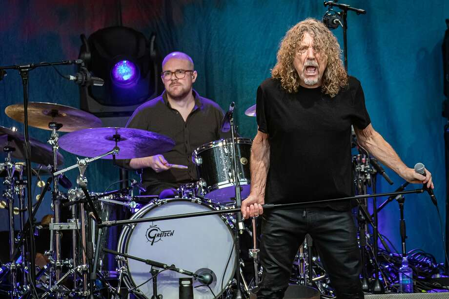 Dave Smith (L) and Robert Plant from The Sensational Space Shifters on stage at Fredriksten Festning on July 2, 2019 in Halden, Norway. Photo: Per Ole Hagen/Redferns