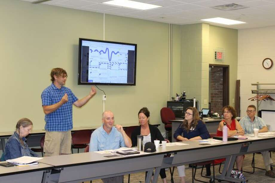 "Josh Stoltz from Grow Benzie discusses ""Systems Thinking"" process for achieving social change results with the members of the HSCB. (Courtesy photo)"