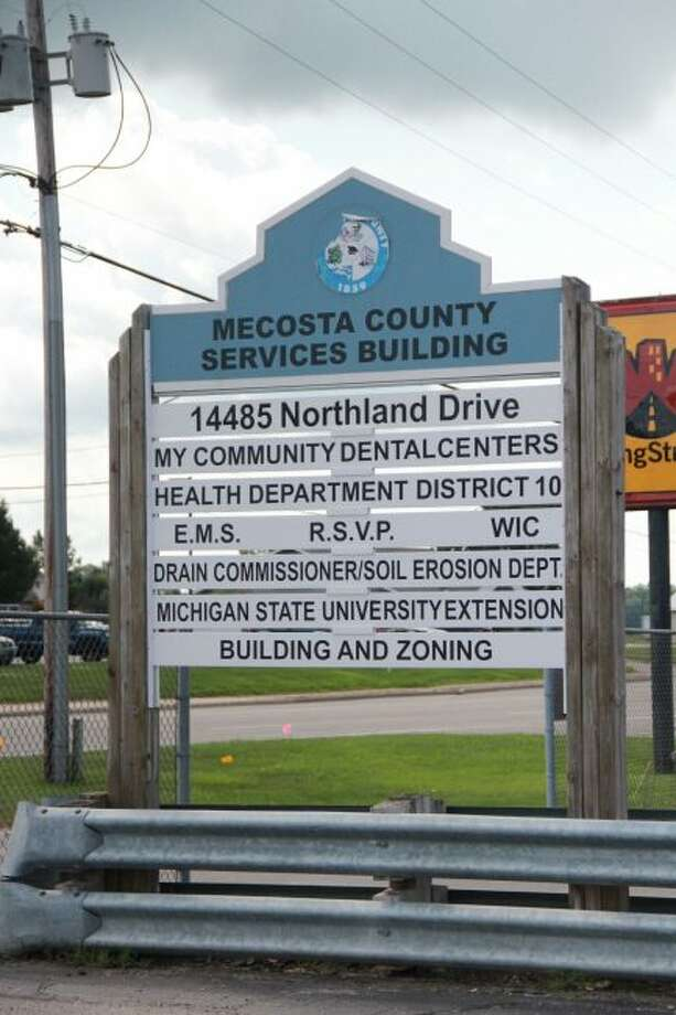 The Mecosta County Services Building, located on 14485 Northland Drive, Big Rapids, offers many different services for those in need. (Pioneer photo/Alicia Jaimes)