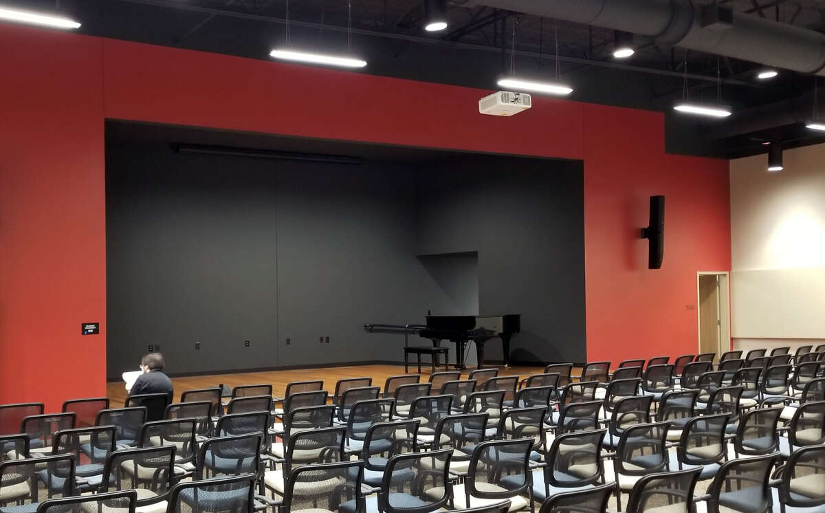The Chinese Community Center of Houston completed an expansion with a new auditorium.