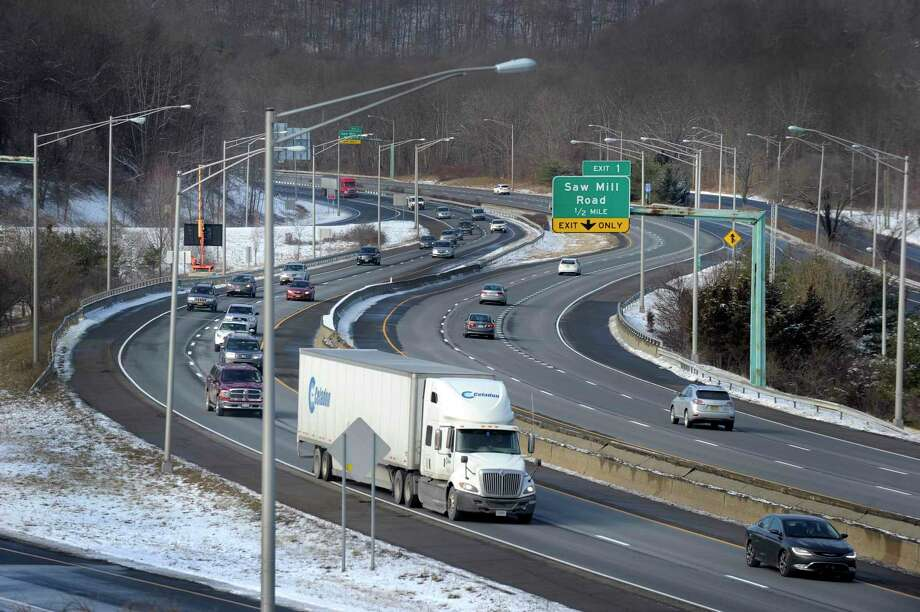 A view of I-84 West near exit 1 in Danbury, Thursday, January 22, 2015. Photo: Carol Kaliff / Carol Kaliff / The News-Times