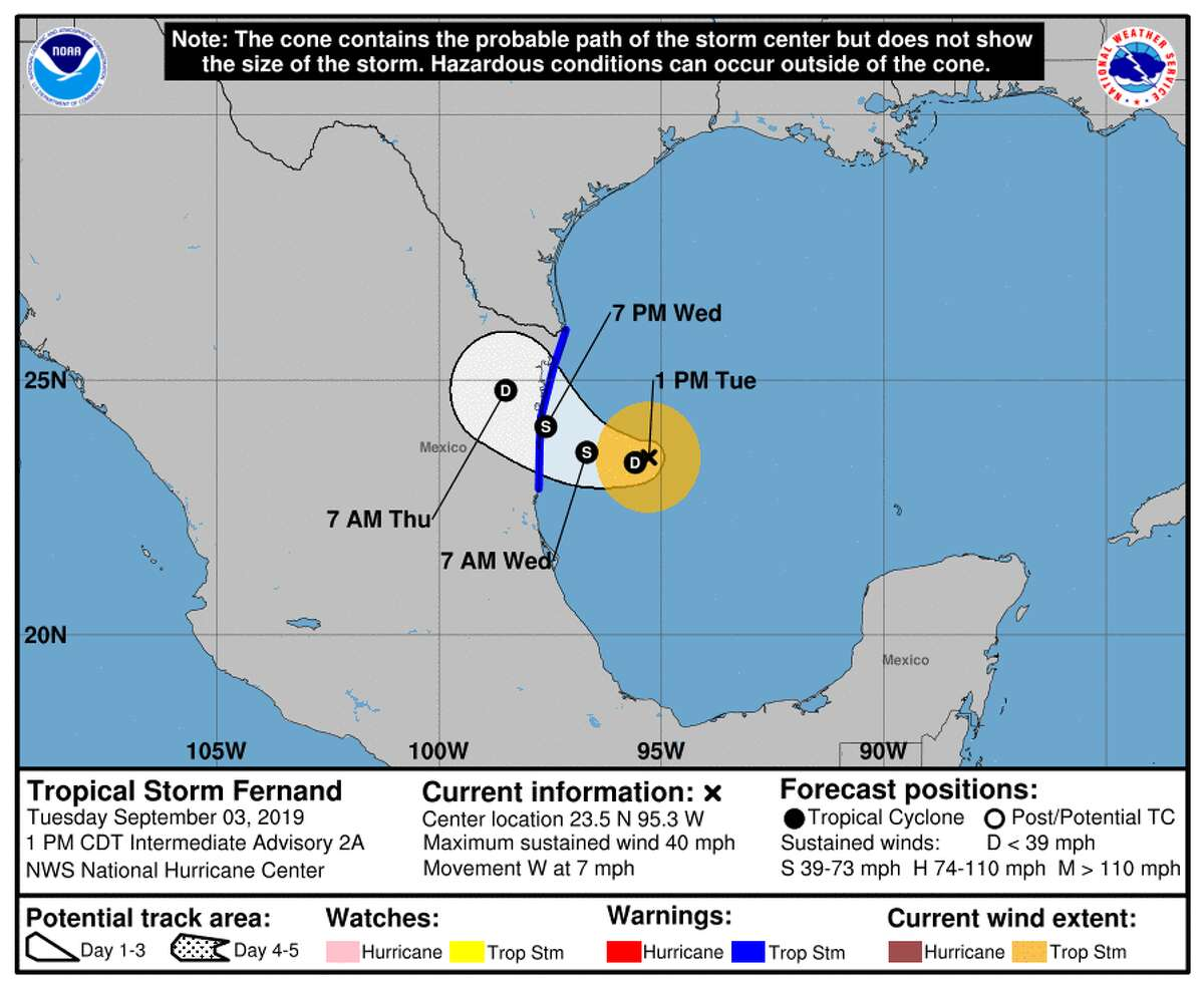Authorities preparing for the arrival of Tropical Storm Fernand in northeastern Mexico reported that an that an underwater earthquake hit in the Gulf of Mexico about 65 miles southeast of the border city of Matamoros.