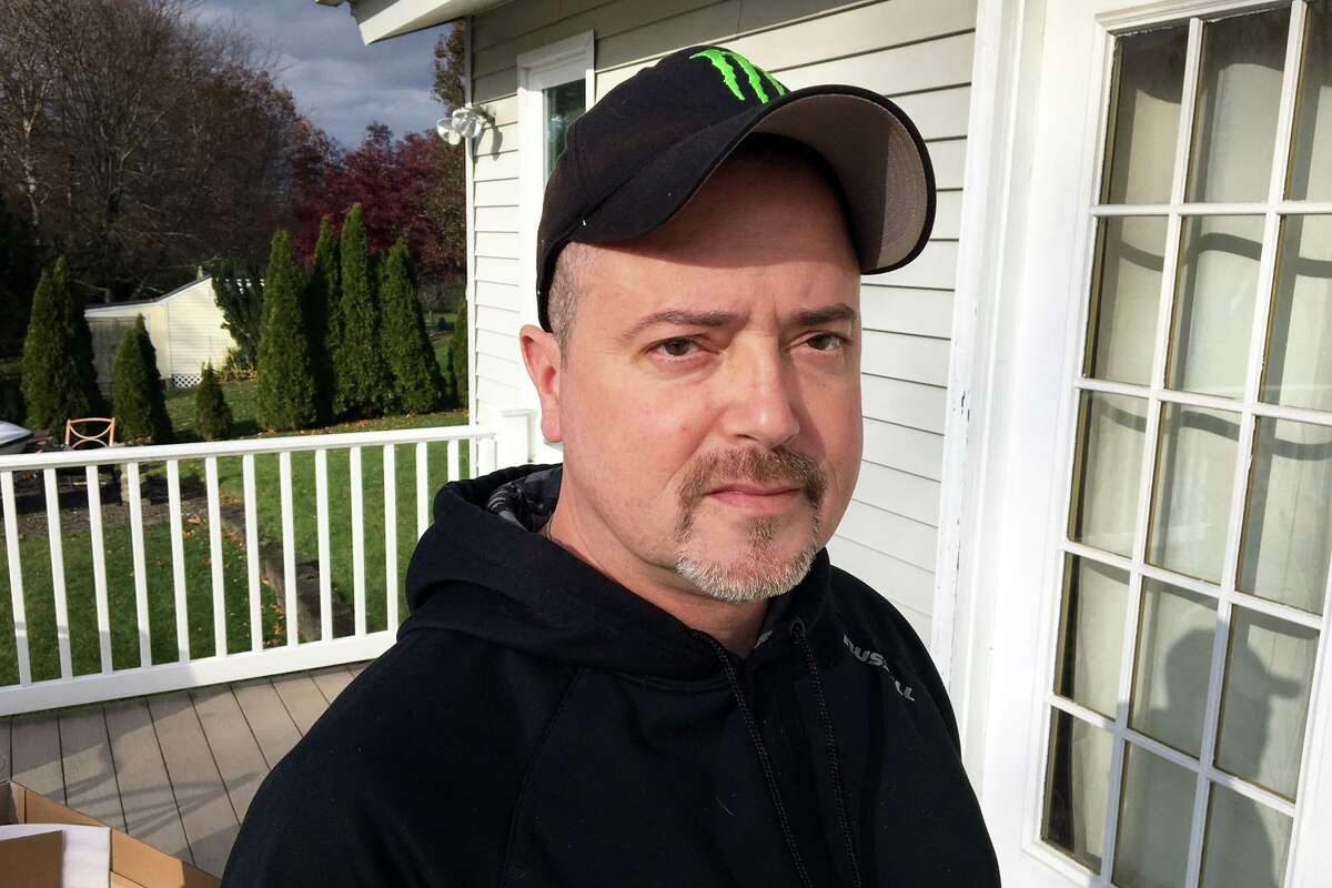 The estate of East Haven Police officer Vincent Ferrara, who died on May 11, is suing the town over alleged workplace retaliation after he helped root out corruption that led to the criminal convictions of four East Haven officers.