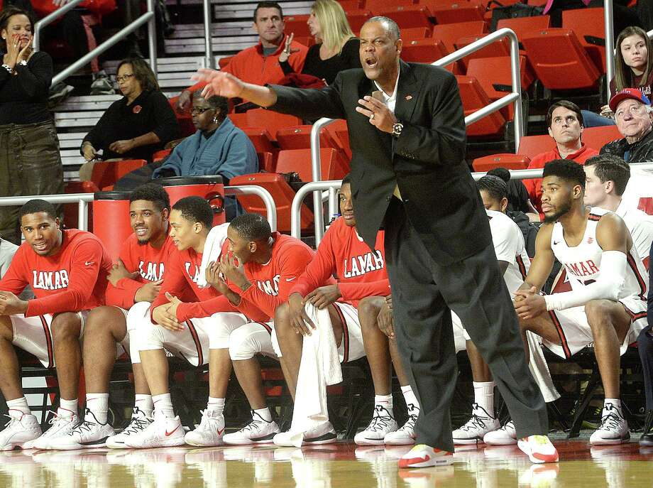 Lamar's head coach Tic Price shouts instructions from the sidelines as they battle Incarnate Word during their Southland Conference match-up Wednesday at the Montagne Center.  Photo taken Wednesday, January 23, 2019  Photo by Kim Brent/The Enterprise Photo: Kim Brent / The Enterprise / BEN