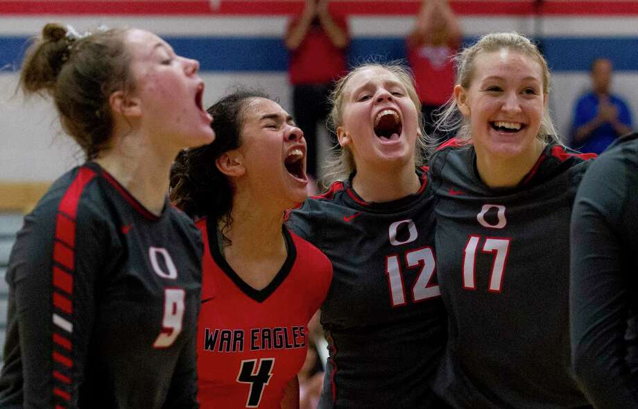Oak Ridge players react after a point during the fourth set of a non-district high school volleyball match at Oak Ridge High School, Tuesday, Aug. 20, 2019, in Oak Ridge. Photo: Jason Fochtman, Houston Chronicle / Staff Photographer / Houston Chronicle