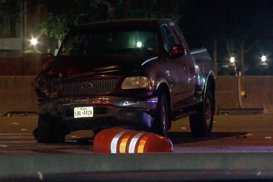 Driver charged with murder in deadly South Loop 610 crash