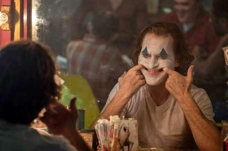 "Joaquin Phoenix in ""Joker."" (Warner Bros./IMDB/TNS)"