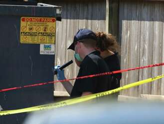 Man's body left in Houston dumpster, suspect charged with