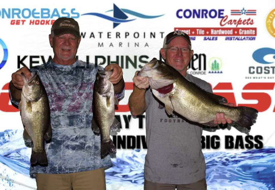 Wesley Ialacci and David Perciful won the CONROEBASS Tuesday Tournament with a stringer weighing 14.63 pounds. Photo: CONROEBASS