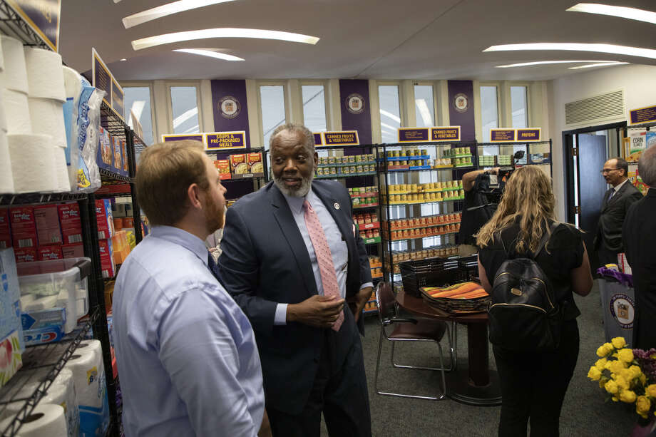 UAlbany held an opening ceremony for the Purple Pantry, a new on-campus food pantry at the University at Albany on Wednesday, September 4, 2019. Photo: (photo By Patrick Dodson)
