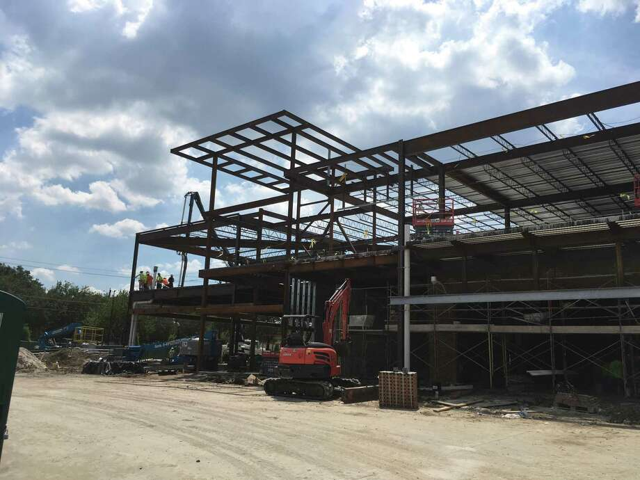 Construction of Bellaire Town Center, a retail and office development at Bellaire Boulevard and South Rice, is under way. New tenants will include Salata, JuiceLand, Mod Pizza, Jersey Mike's Subs, Spenga, Club Pilates and Phenix Salon. Photo: Katherine Feser / Houston Chronicle