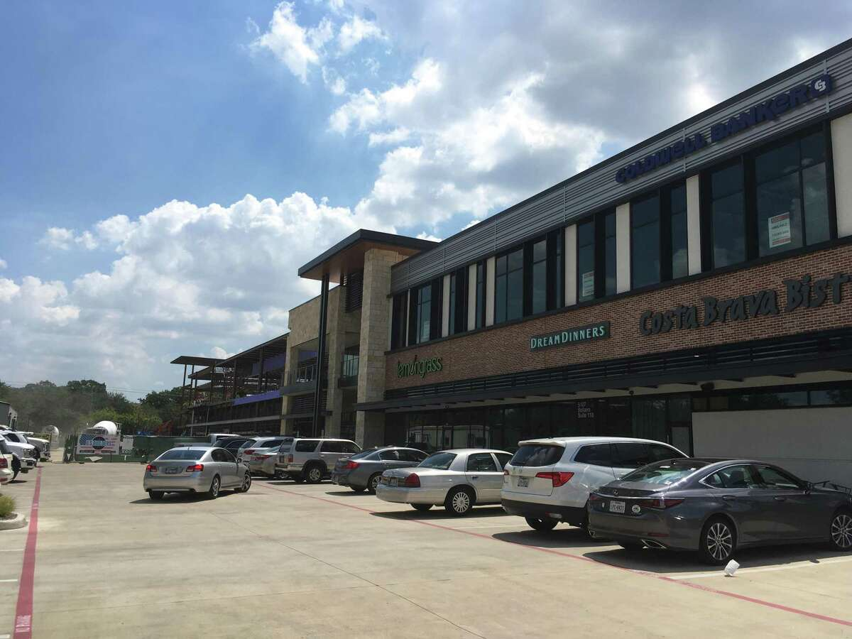 Costa Brava Bistro, Dream Dinners, Lemongrass Cafe and Coldwell Banker have opened in a new portion of the redeveloped Bellaire Town Center at Bellaire Boulevard and South Rice. New tenants will include Salata, JuiceLand, Mod Pizza, Jersey Mike's Subs, Spenga, Club Pilates and Phenix Salon, among others.