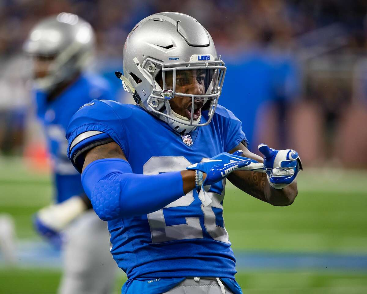 DETROIT, MI - NOVEMBER 22: Quandre Diggs #28 of the Detroit Lions makes a defensive play against the Chicago Bears during an NFL, Thanksgiving Day game at Ford Field on November 22, 2018 in Detroit, Michigan. The Bears defeated the Lions 23-16. (Photo by Dave Reginek/Getty Images)