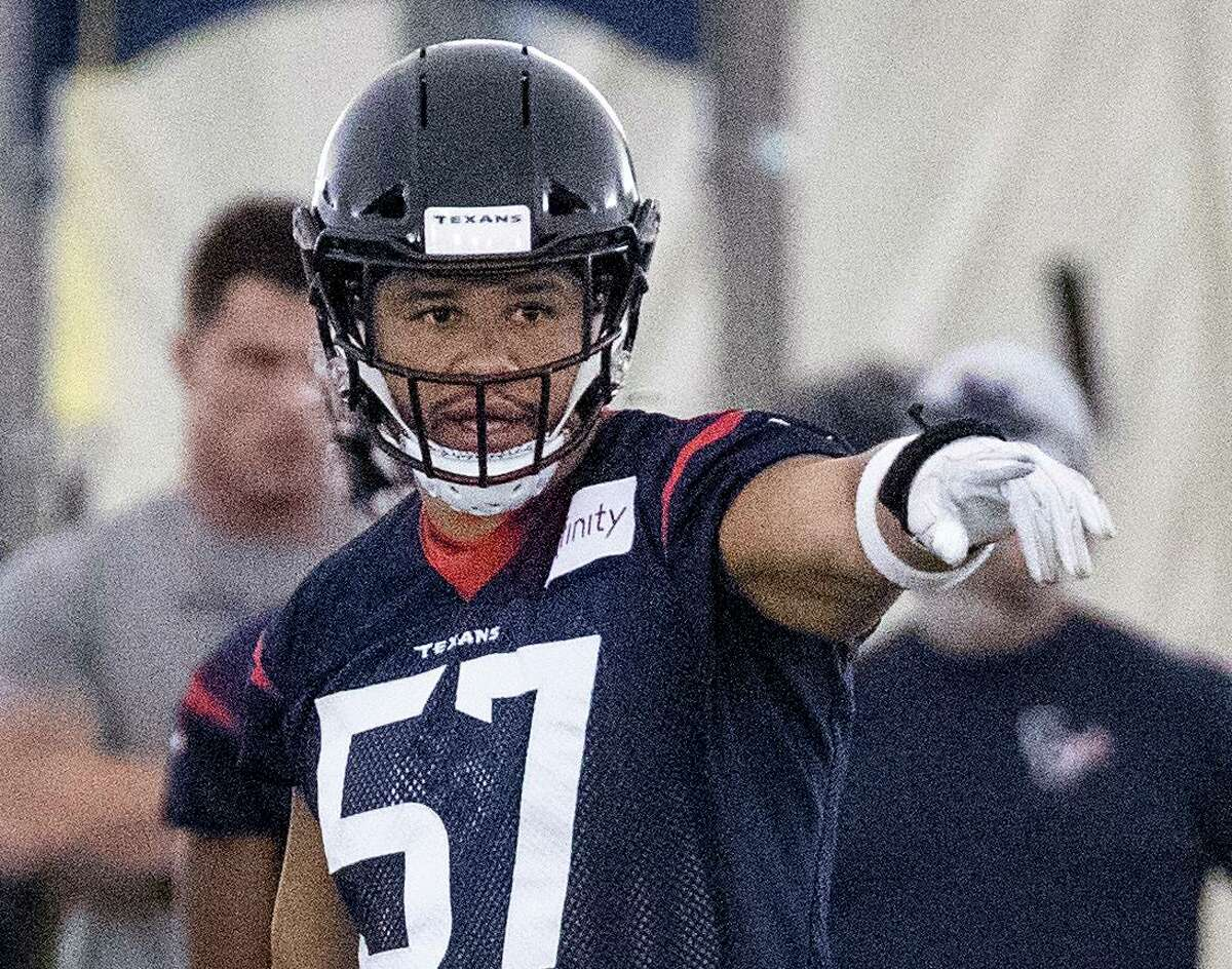 Fourth-year outside linebacker Brennan Scarlett, who made three starts last season, has big shoes to fill as he takes the spot of the recently traded Jadeveon Clowney.