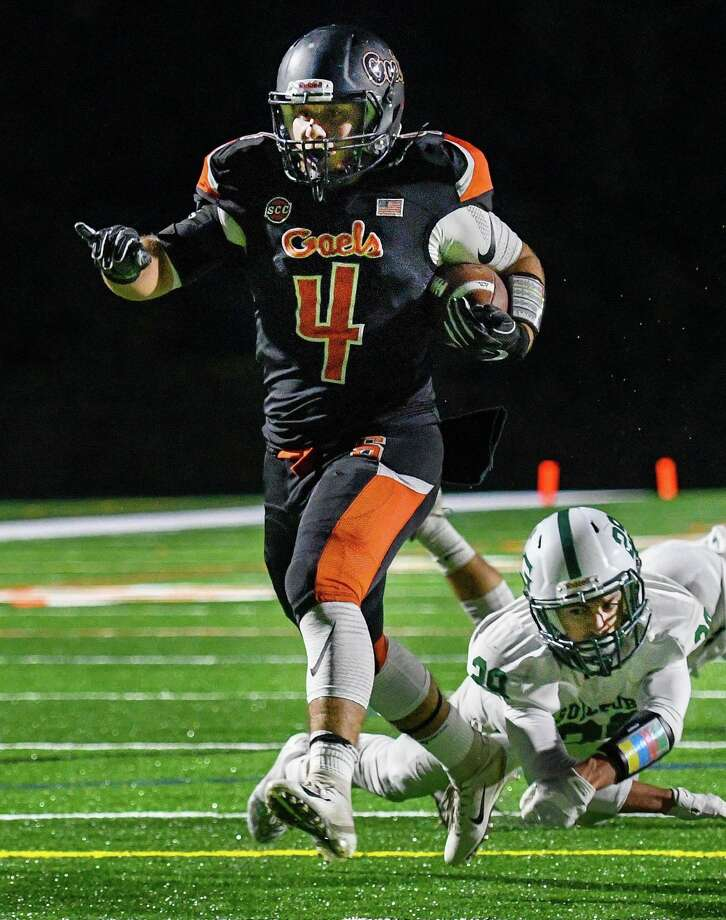 Georgio Ghazal will power the Shelton High running game when the Gaels open their season with West Haven at Finn Stadium on Friday, Sept. 13, at 7 p.m. Photo: David G. Whitham / For Hearst Connecticut Media / DGWPhotography
