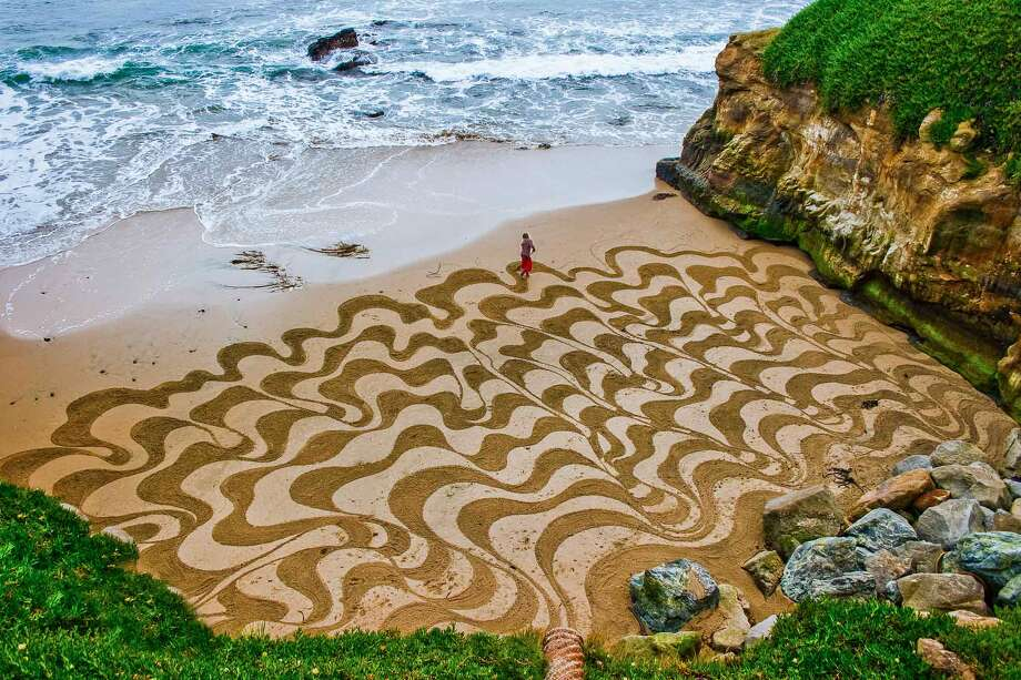 32 incredible sand masterpieces from a San Francisco native
